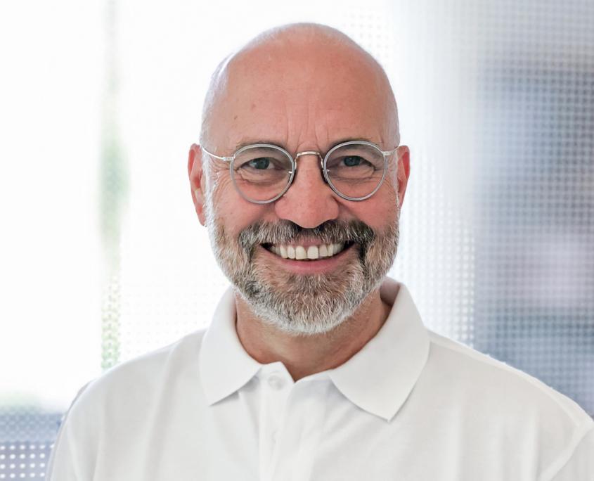 Dr. Georg Ebner